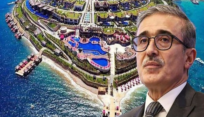 Savunma Sanayi Başkanı Demir'in de Peker'in açıkladığı otelde kaldığı ortaya çıktı