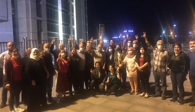 Siyasi operasyon sürüyor: HDP'li yöneticiler, parti çalışmaları gerekçesiyle tutuklandı