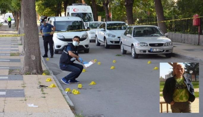Sokakta eşini öldüren erkek olay yerine gelen polislere de ateş açtı