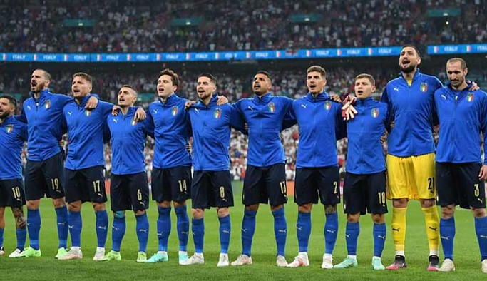 53 yılın ardından İtalya, EURO 2020'de yeniden şampiyon