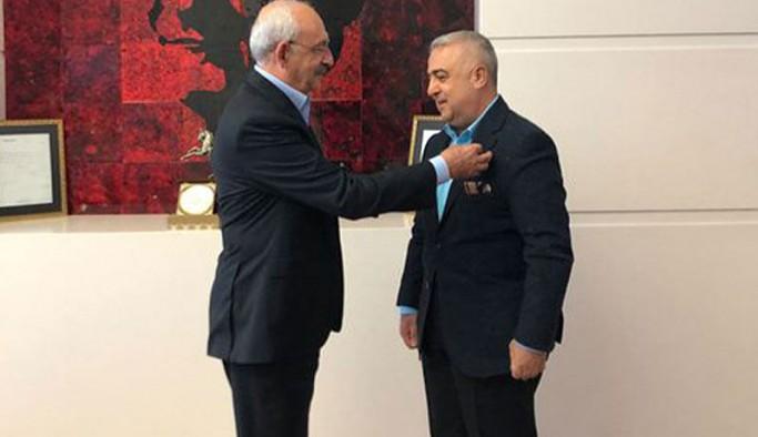AKP'li eski vekil CHP'ye geçti