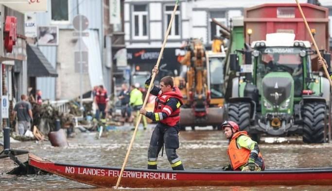 Avrupa'da sel felaketi: Hayatını kaybedenlerin sayısı 129'a çıktı, bin 300 kişiden haber alınamıyor