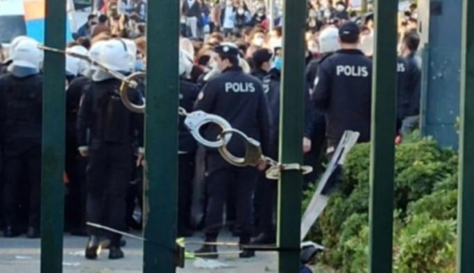 Boğaziçi Üniversitesi'ne girişler kısıtlandı: Melih Bulu bilsin ki direnişimiz o gidene kadar sürecek!