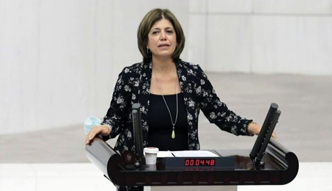 'Kürtlerden oy alamazlarsa cumhurbaşkanlığı seçimini kazanamayacaklarını her iki ittifak da görüyor'