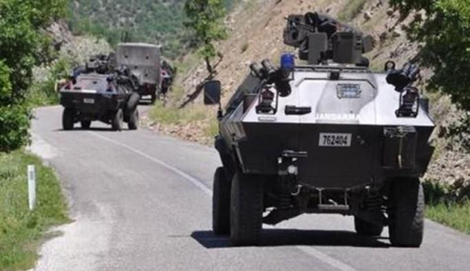 Siirt'te askeri aracın geçişi esnasında patlama