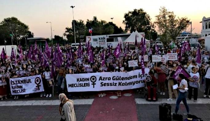 Kadıköy'de kadınlar Azra Gülendam için sokağa çıktı