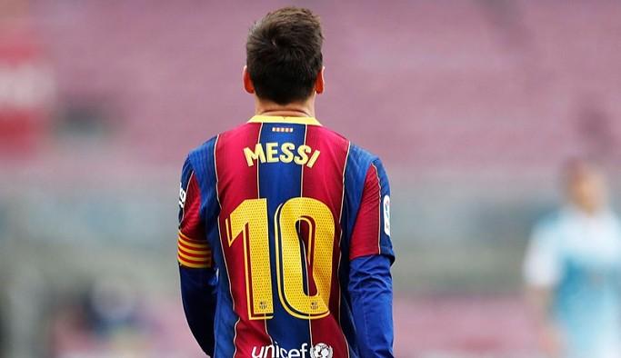 Messi Barcelona'dan ayrıldı