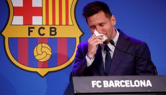 Messi, Barcelona'ya gözyaşları içinde veda etti