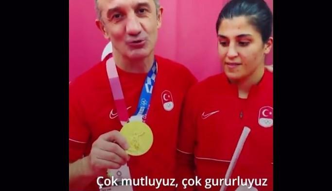 Olimpiyat Şampiyonu Sürmeneli'den altın madalyayı kendi boynuna takan antrenörüyle ilgili açıklama