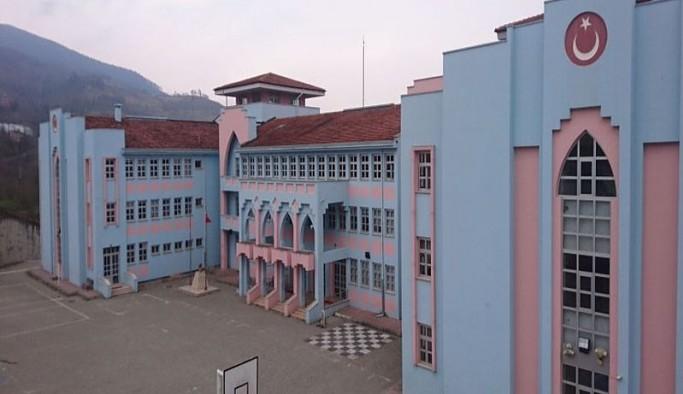 Bakan 'hiçbir okul kapatılmadı' demişti: Yüksek vaka çıkan bir fen lisesi uzaktan eğitime geçti