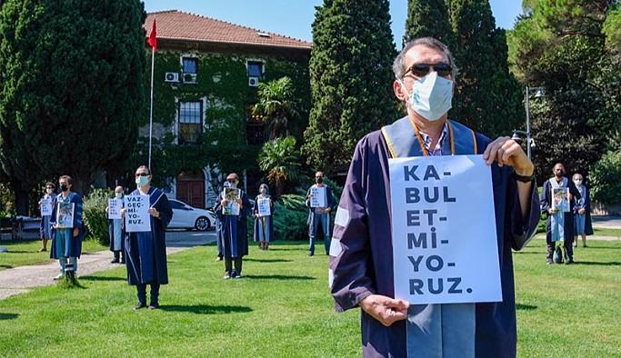 Boğaziçi Üniversitesi'nde bir akademisyenin daha dersleri kapatıldı