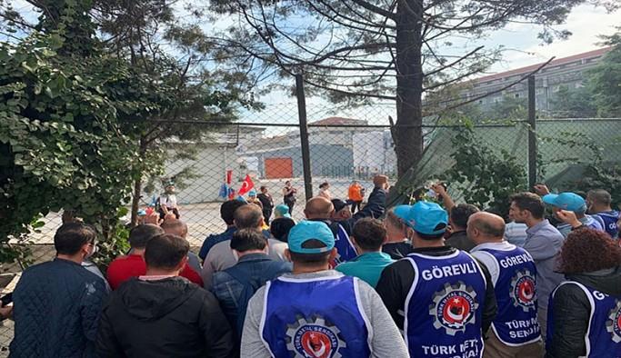 İstanbul Avcılar'daki Xiaomi firması çalışanları eylem başlattı