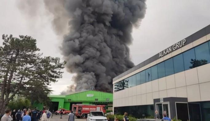 İstanbul Şile'de fabrikada patlama sonrası yangın: 'Havai fişek deposu' iddiası