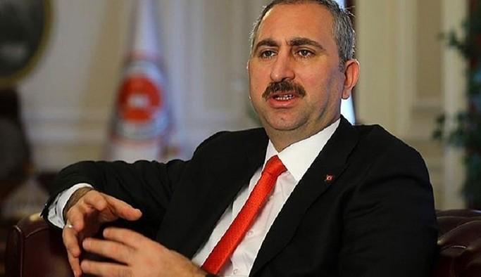 Adalet Bakanı Gül: Herkesin en saygın bir şekilde muamele görmesi en temel hakkıdır