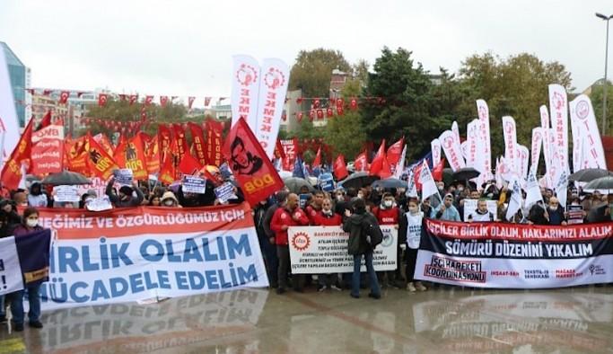 Direnişteki işçiler miting yaptı: Sermaye düzenini tarihin çöplüğüne süpüreceğiz