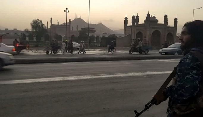 Taliban: IŞİD'le bağımsız bir şekilde mücadele edeceğiz