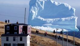 Kanada sahillerine dev bir buzdağı yaklaşıyor