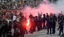 Merkel Chemnitz'teki olayları kınadı