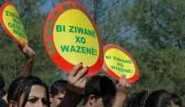 Kürtçe konuşan öğretmenin sürgün edilmesine tepki