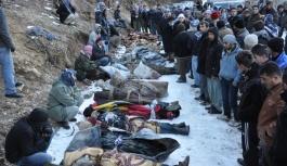 Encu: Katır sırtında taşınan ölüleri unutursak kalbimiz kurusun