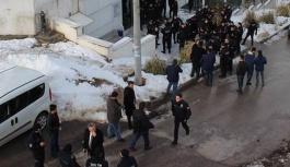 Üniversite karıştı: 37 gözaltı