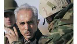 Irak'ın eski genelkurmay başkanı hakkında tutuklama kararı