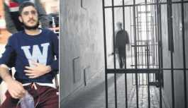 Metris Cezaevi'nde tutukluyu döverek...