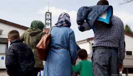 Alman hükümetinden Esad'a: Seyirci kalamayız