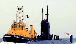 'İngiliz denizaltıları Suriye'yi vurmak üzere füze menzili içine gönderildi'