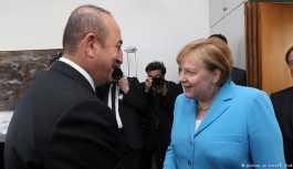 Çavuşoğlu: Merkel resmi davet demedi