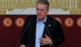 CHP'li Pekşen'den liste dışı kalmasıyla ilgili açıklama