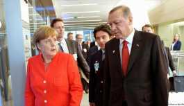 Erdoğan Merkel ile Gazze krizini konuştu