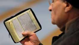 Fransa'da İslam tartışması: Kuran'dan Yahudi karşıtı ayetler çıkarılsın