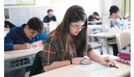 Öğrenciler de veliler de kaygılı