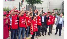 Sendika düşmanı patron protesto edildi: Atılan işçiler geri alınsın