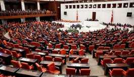 Torba tasarı Meclis'e sunuldu: Kaçak geçişe yüzde 60 indirim