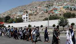 Afganistan'da aktivistler, barış için 700 kilometre yürüdü