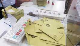 Almanya'da seçime katılım arttı