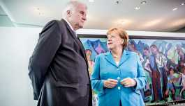 CDU ve CSU yönetimleri mülteci politikası için toplanıyor