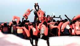 İtalyan giyim markası Benetton'a reklamında sığınmacıları kullandığı için kınama