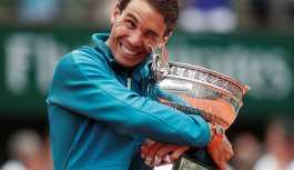 Rafael Nadal, 11. kez Fransa Açık şampiyonu oldu