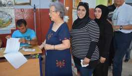 Vatandaşlık hakkı verilen Suriyeliler de oy kullandı