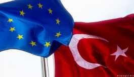Vizesiz Avrupa'nın önündeki en büyük engel: OHAL