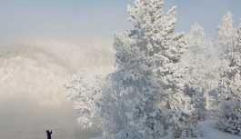 Yazın ilk gününde Rusya'da kar yağdı