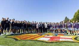 Barcelona'nın erkek takımı birinci sınıf, kadın takımı ekonomi uçtu