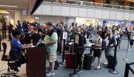 'Huzurlu Gökler': ABD havalimanı güvenliği yolcuları gizlice takip ediyor