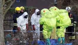 İngiltere'de bilinmeyen bir maddeye maruz kalan 2 kişi hastaneye kaldırıldı