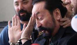 """Mahkemeden """"Adnan Oktar kararı"""": Tam 121 site..."""