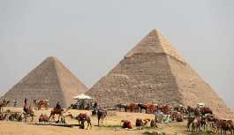 Mısır'da bronz Osiris heykeli bulundu