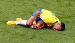 Neymar, 'Acil yardım hattına yalan arama yapmayın' uyarısının posteri